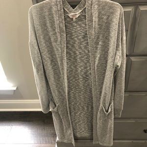 Light Weight Gray Cardigan with Pockets Size L